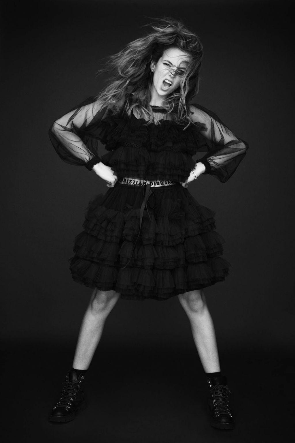 Jodie Comer Photoshoot For Wonderland Magazine The