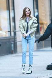 Josephine Skriver Street Style 01/11/2019