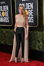 Julia Roberts – 2019 Golden Globe Awards Red Carpet