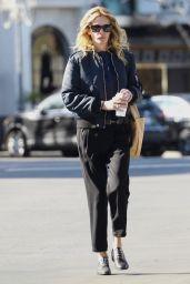 Julia Roberts Street Style 01/25/2019