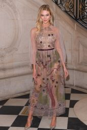Karlie Kloss - Christian Dior Haute Couture Spring Summer 2019 Show in Paris