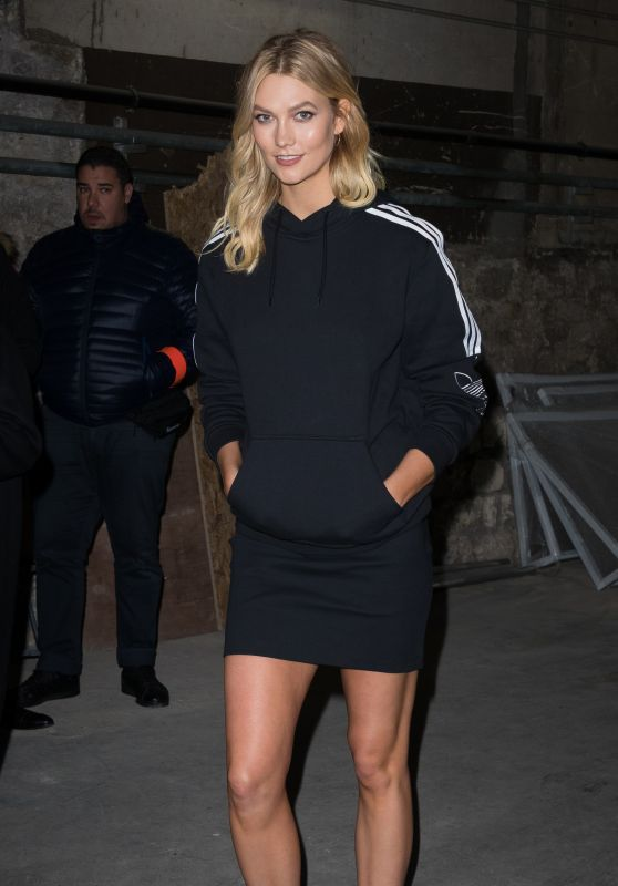 Desgastado Restricción Pepino  Karlie Kloss - Leaving the Adidas Show in Paris 01/18/2019
