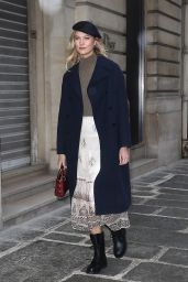 Karlie Kloss Style and Fashion 01/19/2019