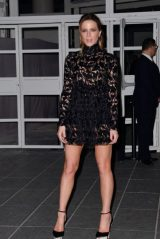 Kate Beckinsale – Giambattista Valli Haute Couture Spring-Summer 2019 Show in Paris