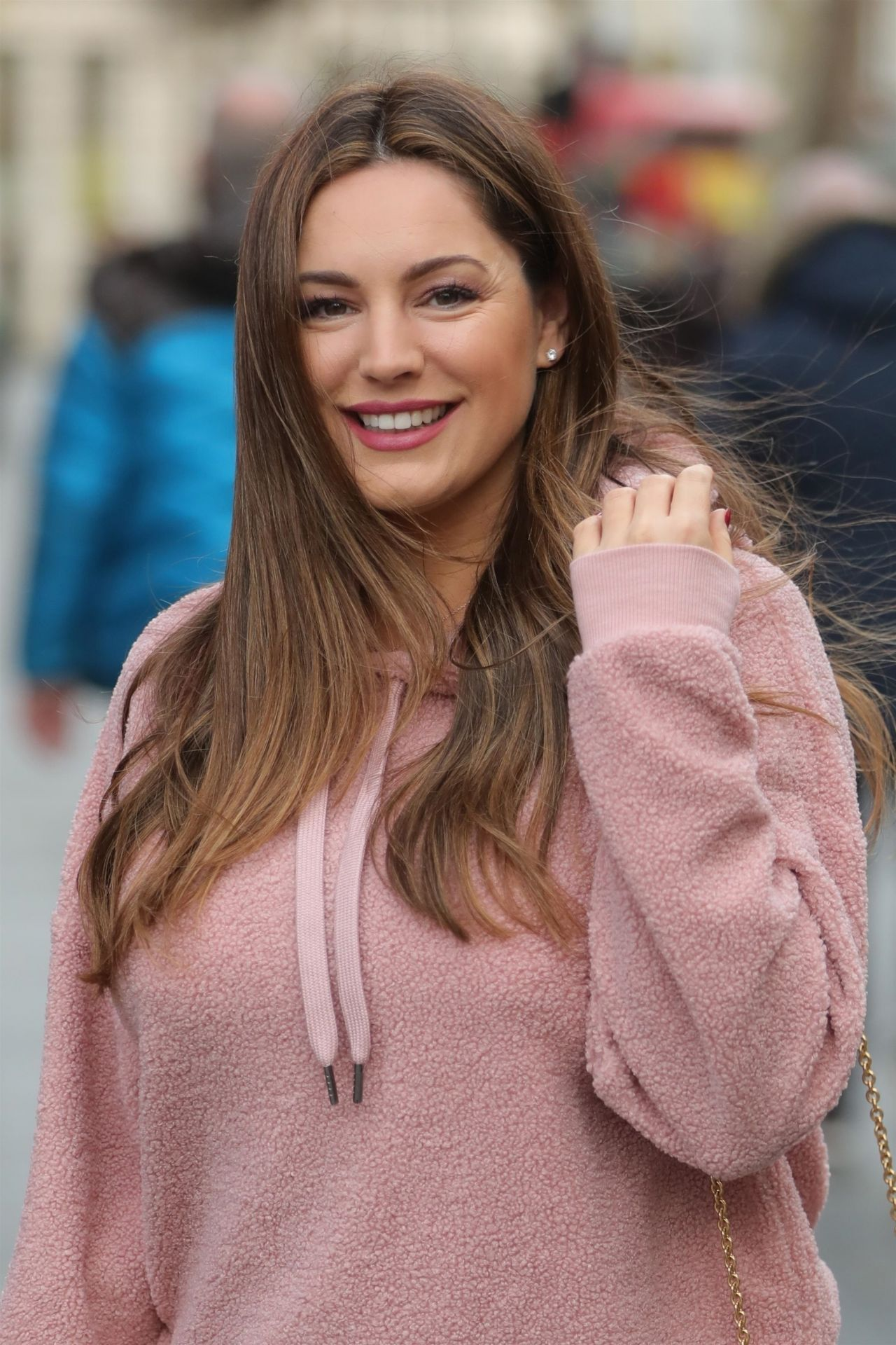 Kelly Brook in Casual Outfit 01/18/2019