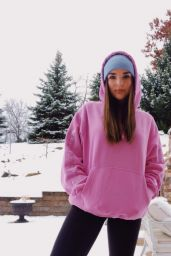 Kendall Vertes - Personal Pics 01/16/2019