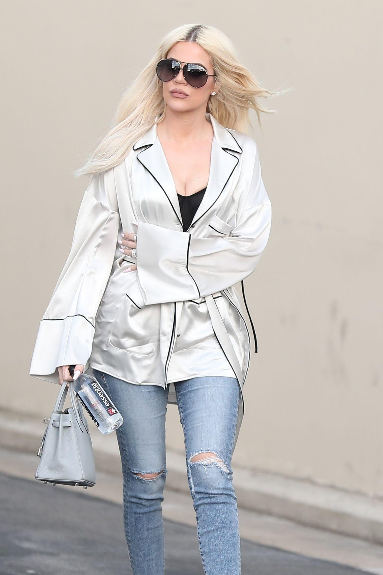 Khloe Kardashian Leaving A Studio In Calabasas 01 09 2019