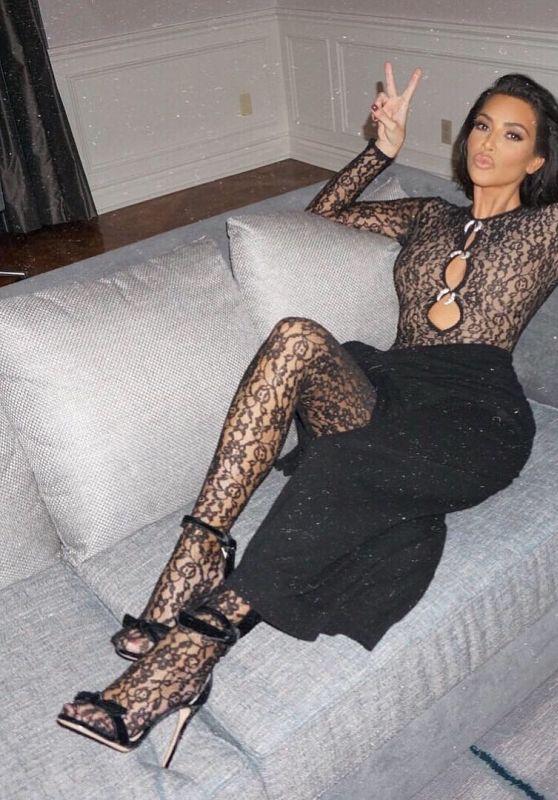 Kim Kardashian - Personal Pics 01/23/2019
