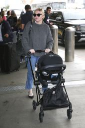 Kirsten Dunst at LAX Airport in Los Angeles 01/05/2019