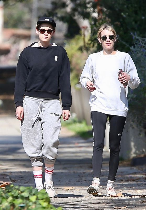 Kristen Stewart and Emma Roberts - Morning Hike at Griffith Park in Los Feliz 01/30/2019