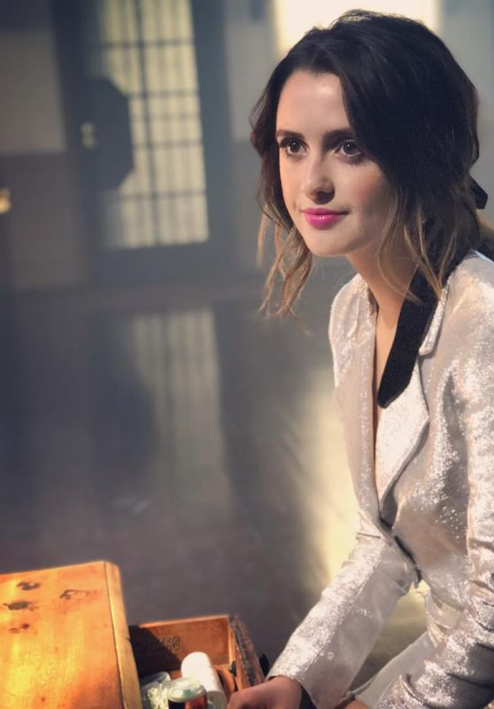 "Laura Marano - ""Let me cry"" Music Promos 2019"