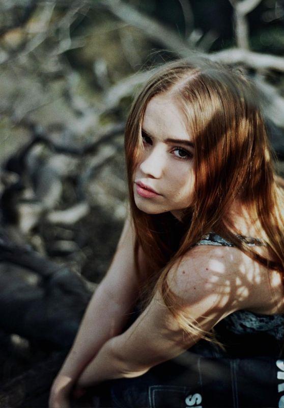 Lexee Smith - Personal Pics 01/11/2019