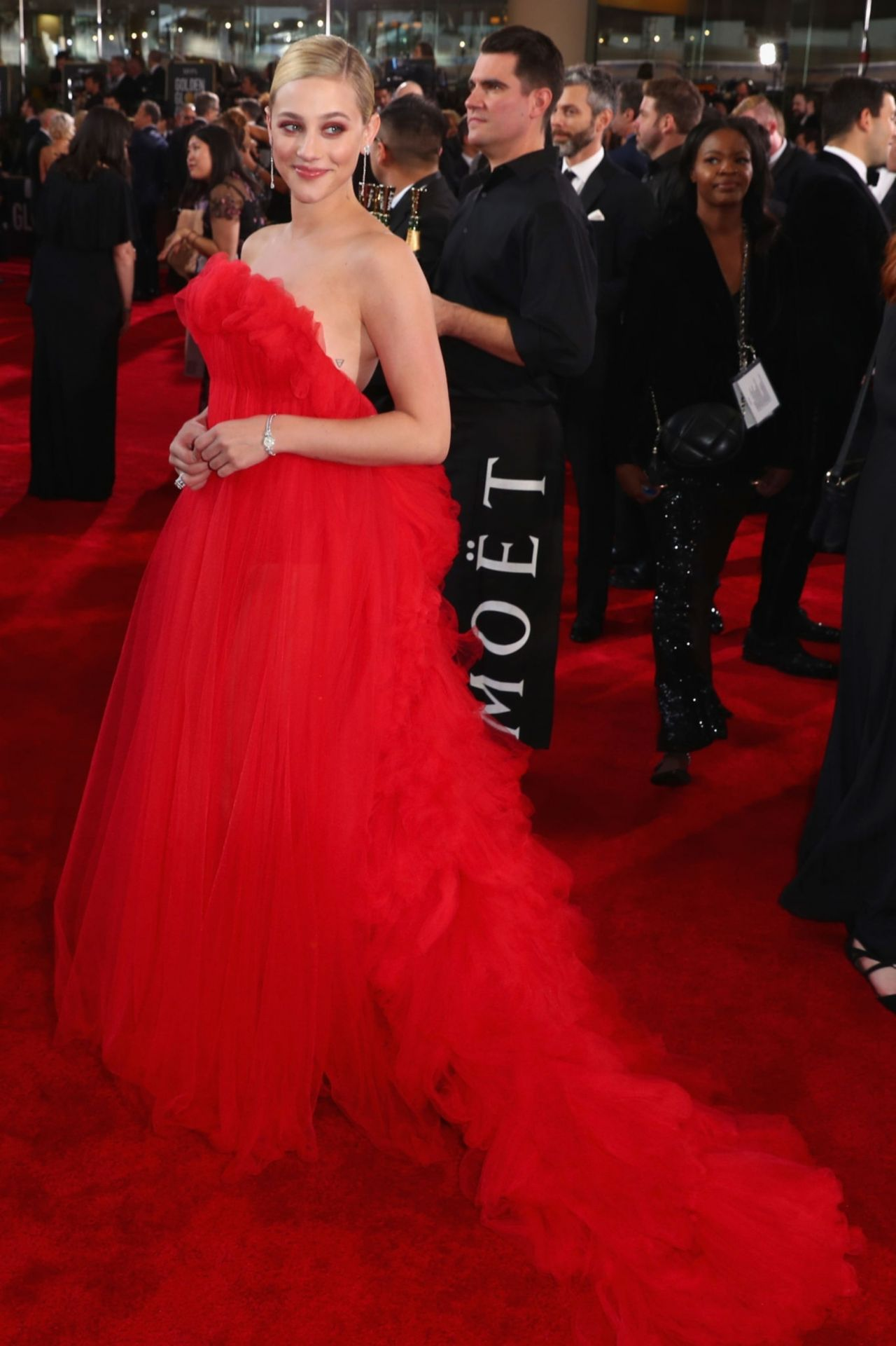 Lili Reinhart 2019 Golden Globe Awards Red Carpet
