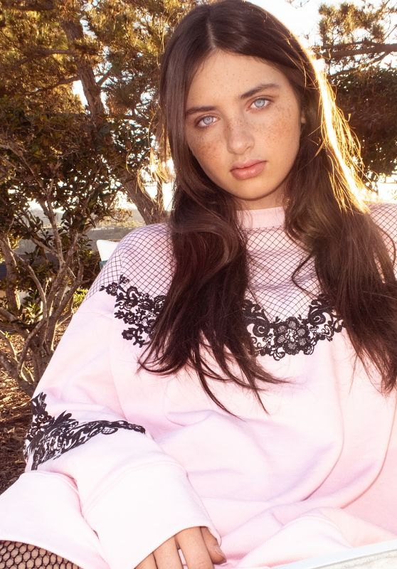Lilianna Kruk - Personal Pics 01/02/2019