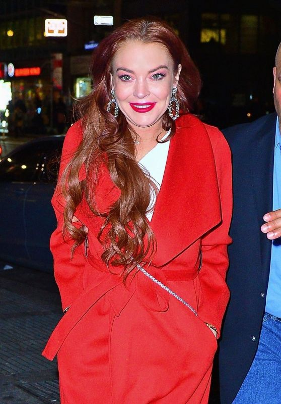 Lindsay Lohan - Arriving at the Magic Hour Rooftop Party in NYC 01/07/2019