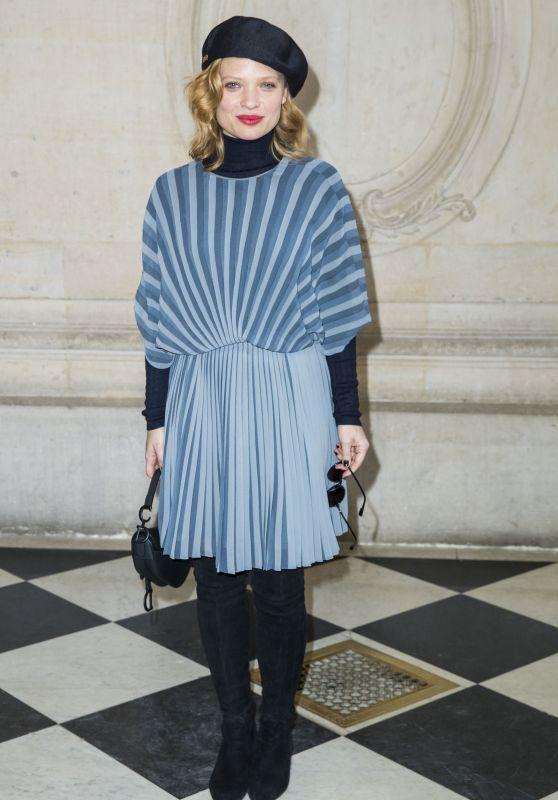 Mélanie Thierry – Christian Dior Show in Paris 01/21/2019