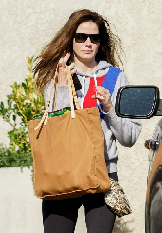 Michelle Monaghan - Shopping at Gelson