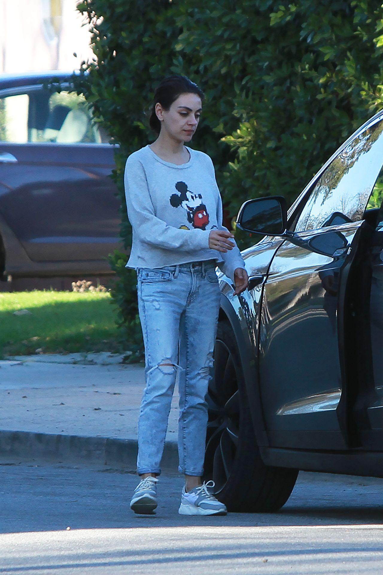 Mila Kunis Wearing A Mickey Mouse Sweater In La 01 24 2019