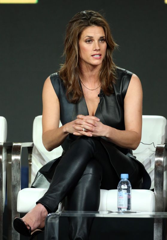 "Missy Peregrym - ""FBI"" TV Show Panel 01/30/2019"