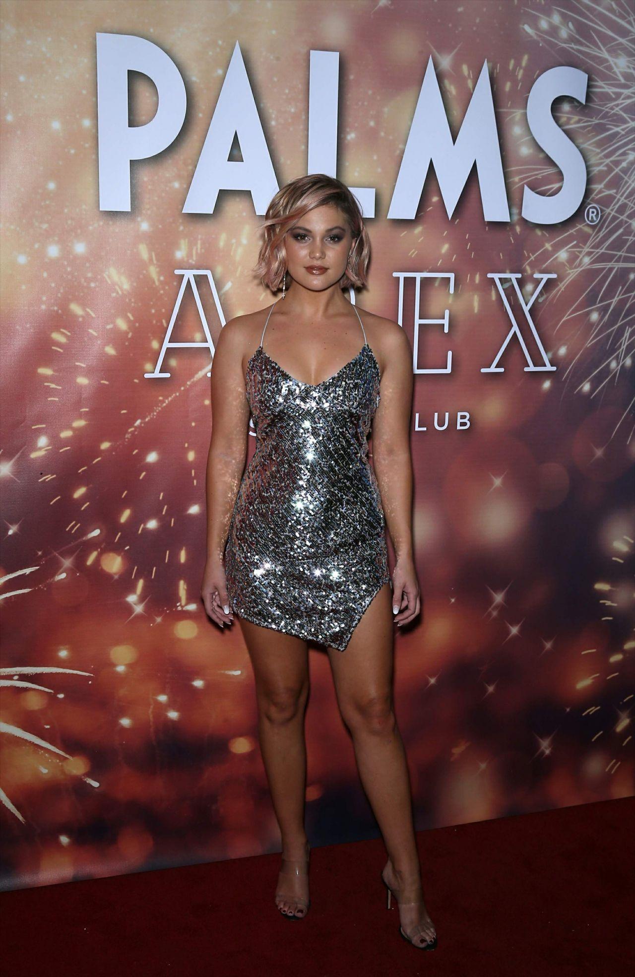 Palm Springs Ford >> Olivia Holt - APEX Social Club in Las Vegas 01/01/2019