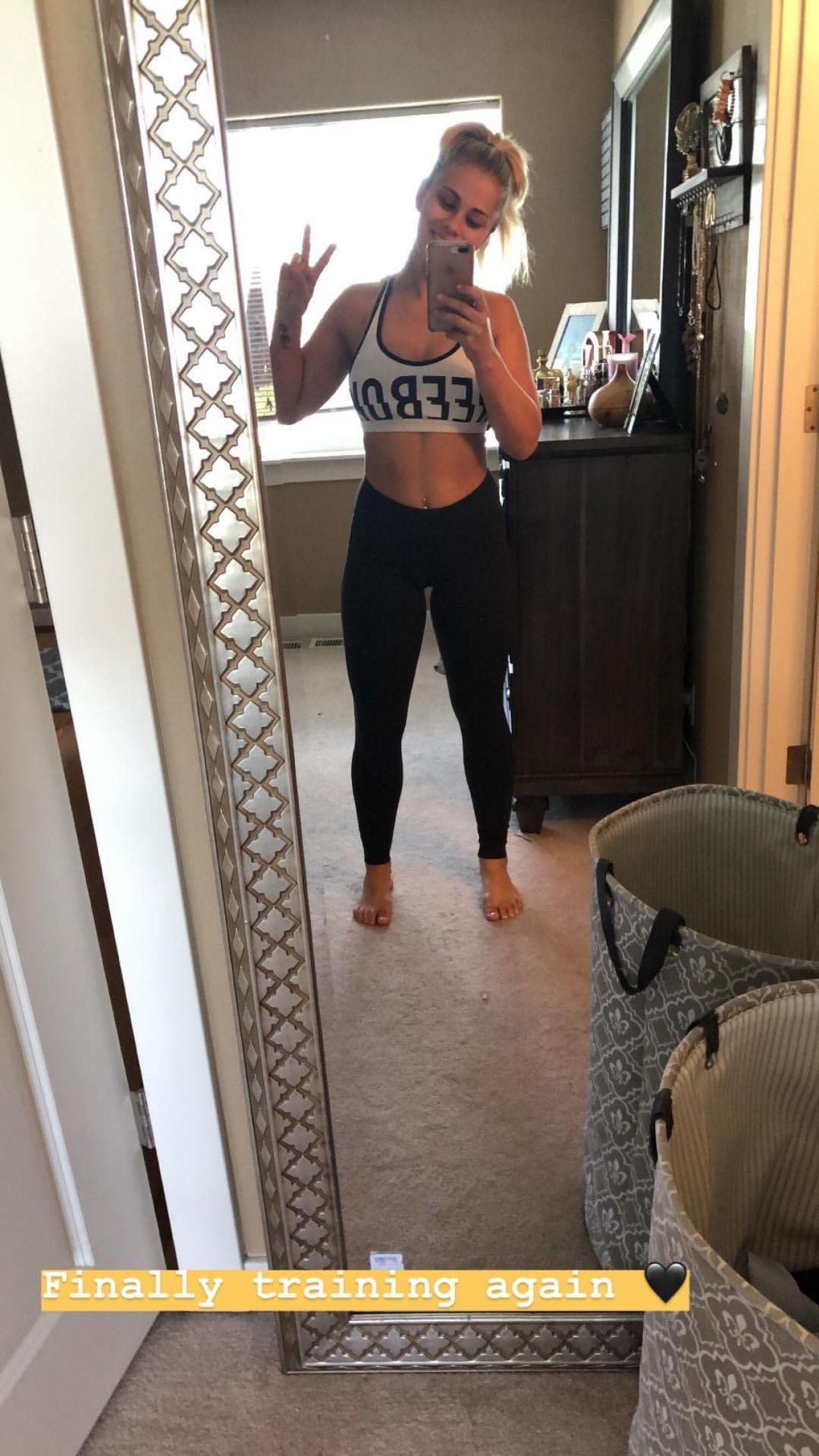 Paige vanzant in a bikini for yoga 7 - 2019 year