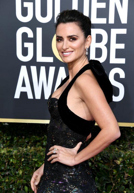 Penelope Cruz – 2019 Golden Globe Awards Red Carpet