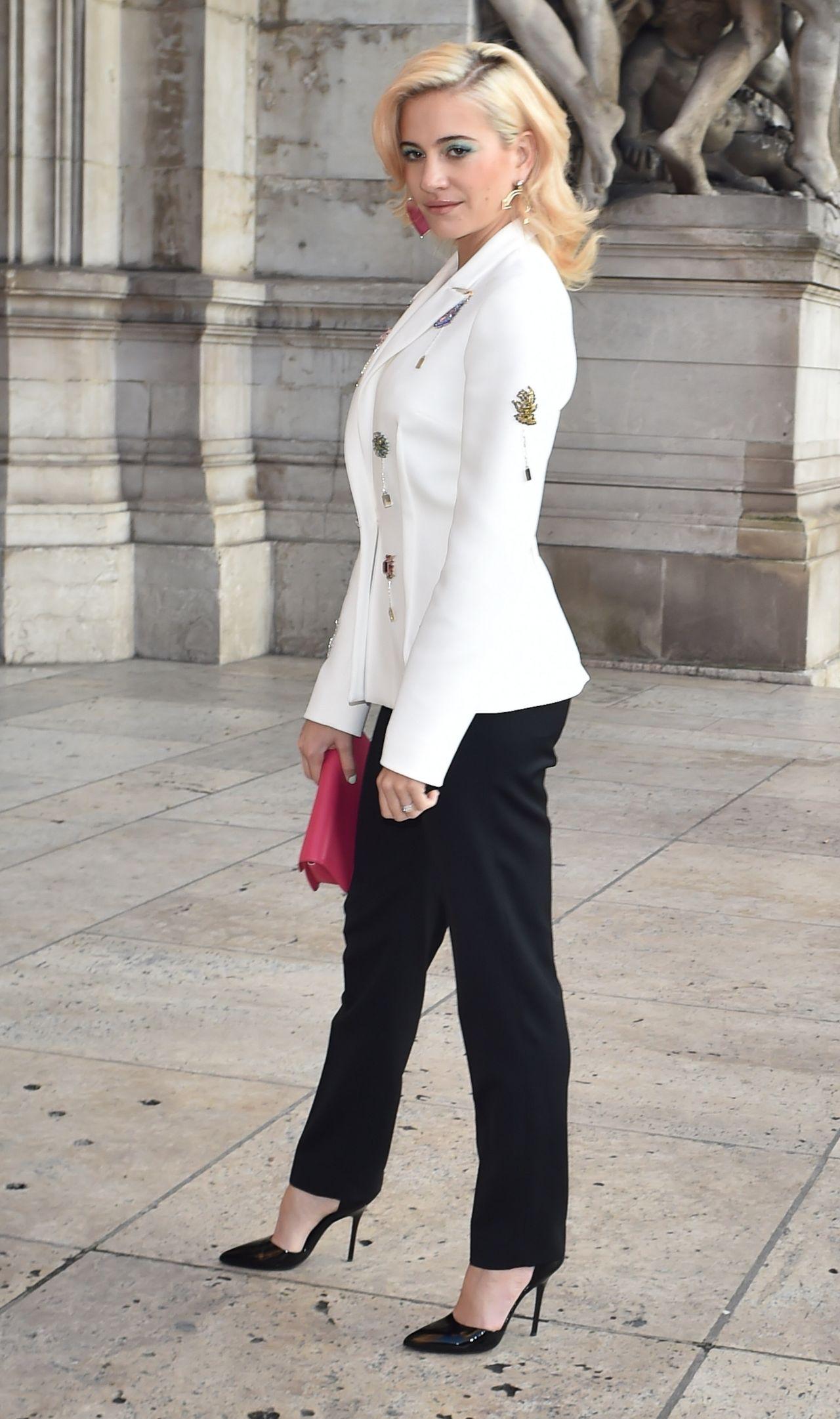 Pixie Lott – Schiaparelli Haute Couture Spring Summer ...