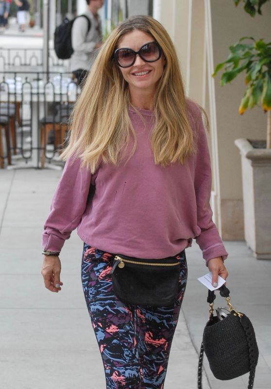 Rebecca Gayheart in Leggings 01/29/2019