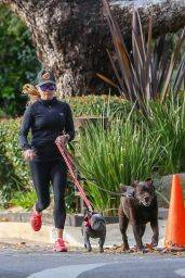 Reese Witherspoon - Out For a Jog in Santa Monica 01/13/2019