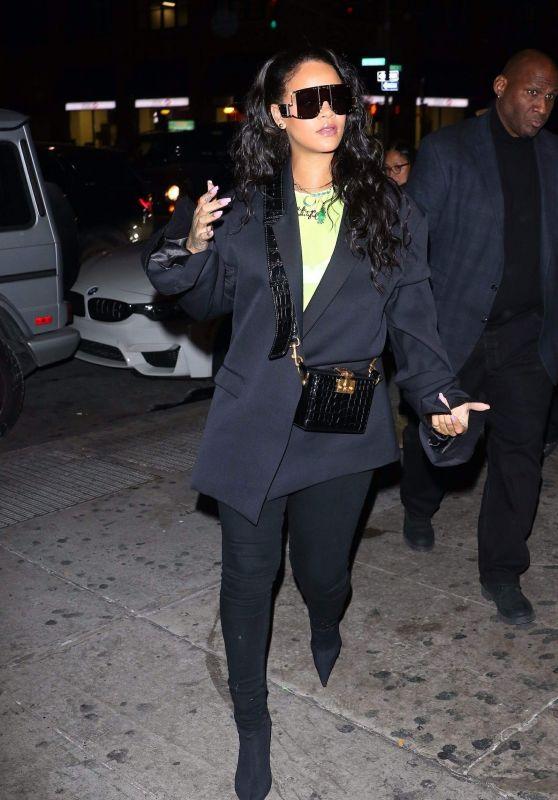 Rihanna Night Out Style 01/14/2019