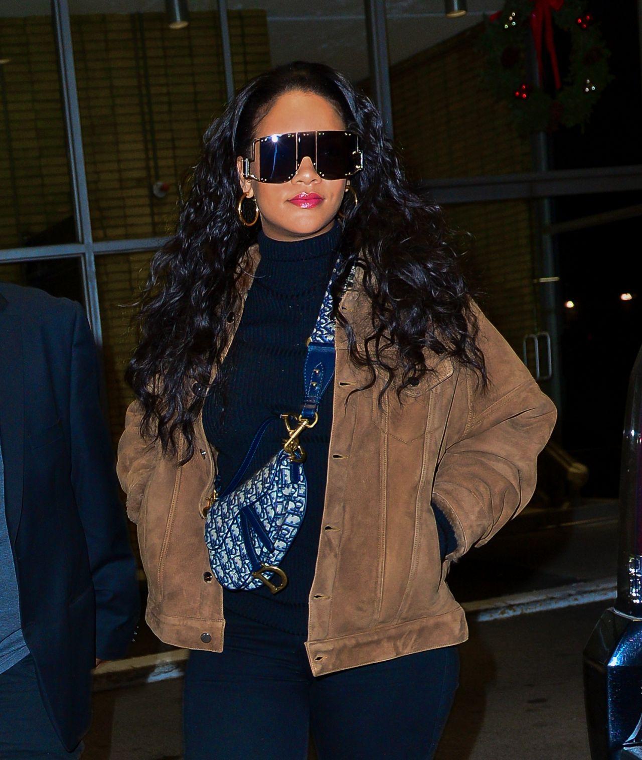 Rihanna Night Out Style 01 15 2019