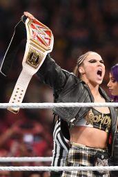 Ronda Rousey vs Sasha Banks at WWE