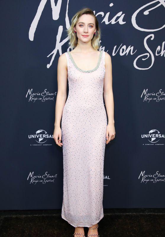 """Saoirse Ronan - """"Maria Queen of Scotland"""" Photocall in Berlin"""