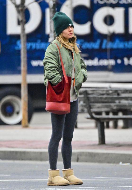 Sienna Miller Street Style 01/29/2019