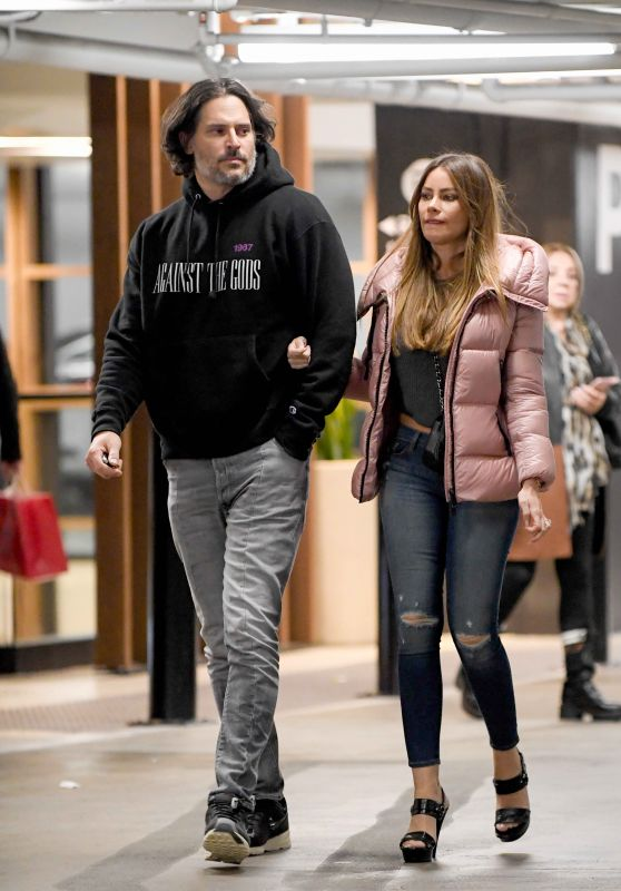 Sofia Vergara and Joe Manganiello - Out in LA 01/27/2019