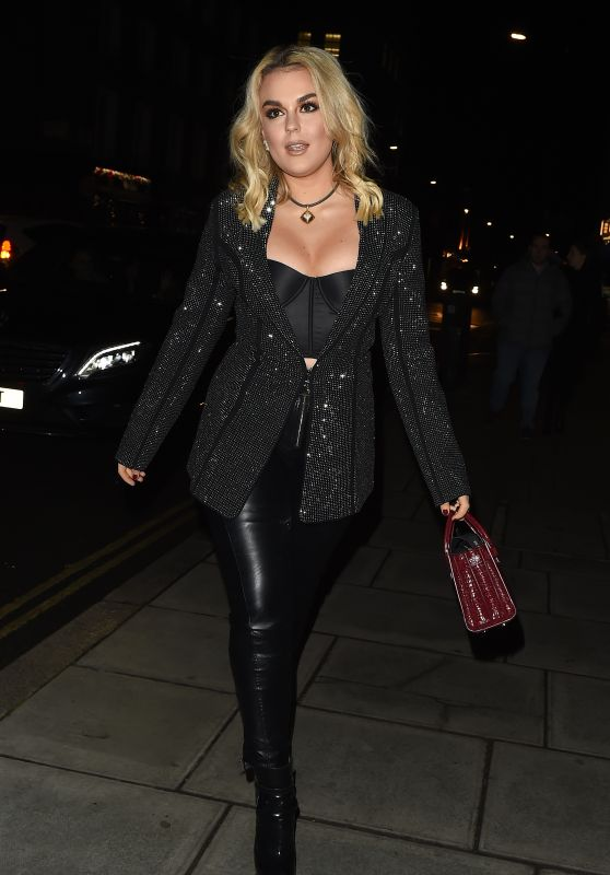 Tallia Storm Night Out Style 01/25/2019