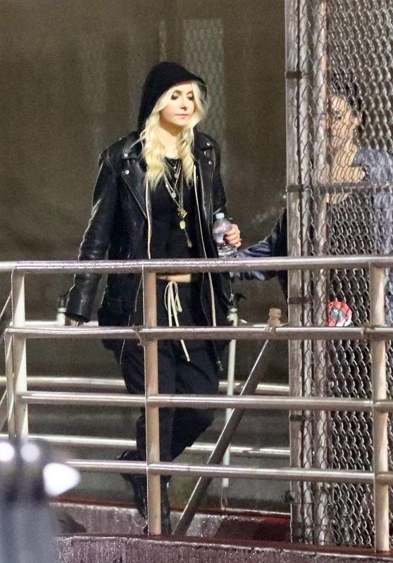 Taylor Momsen – Arrives at Chris Cornell Tribute Concert in Inglewood 01/17/2019