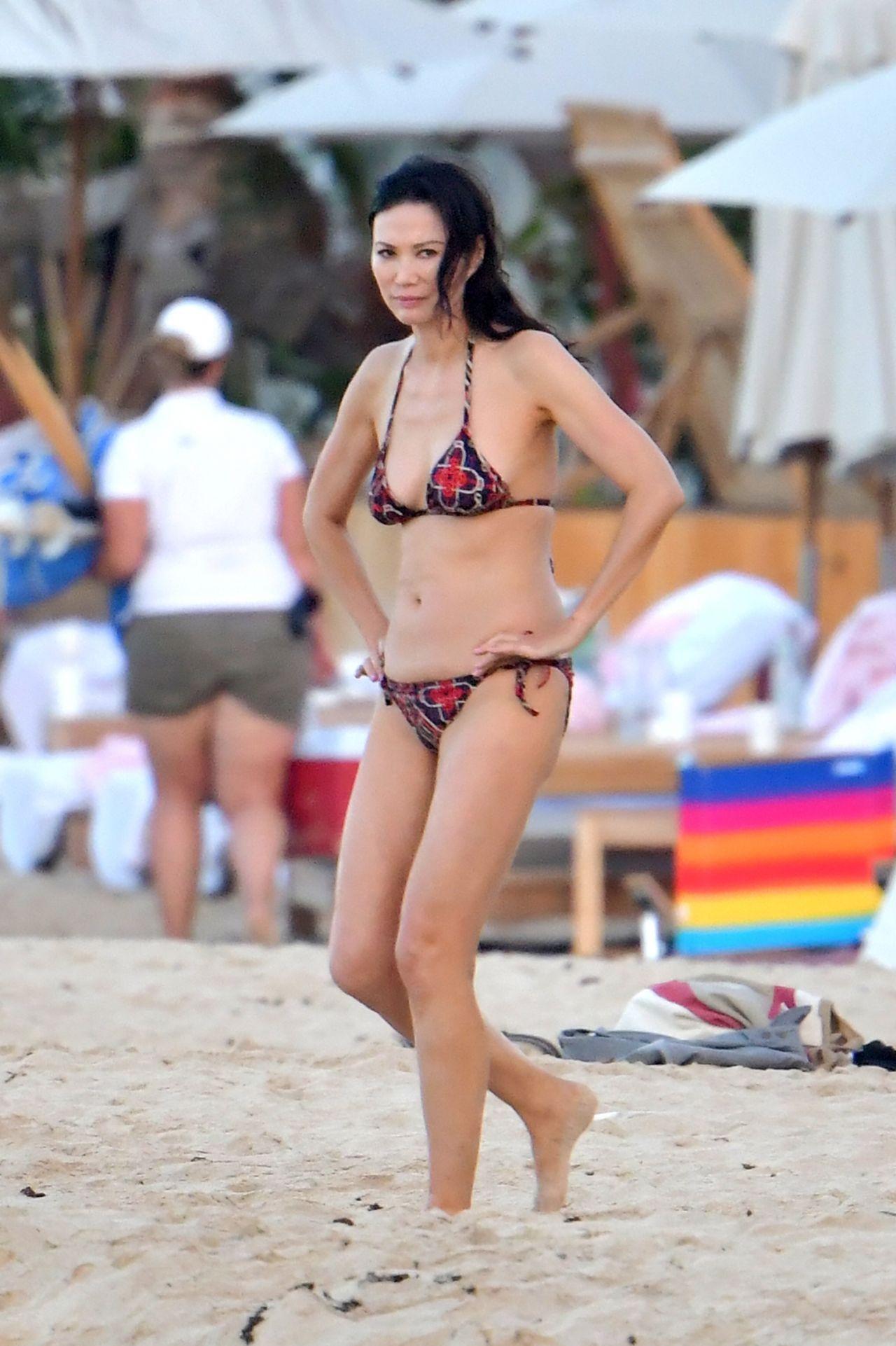 Wendi Deng Murdoch Bikini Nude Photos 83