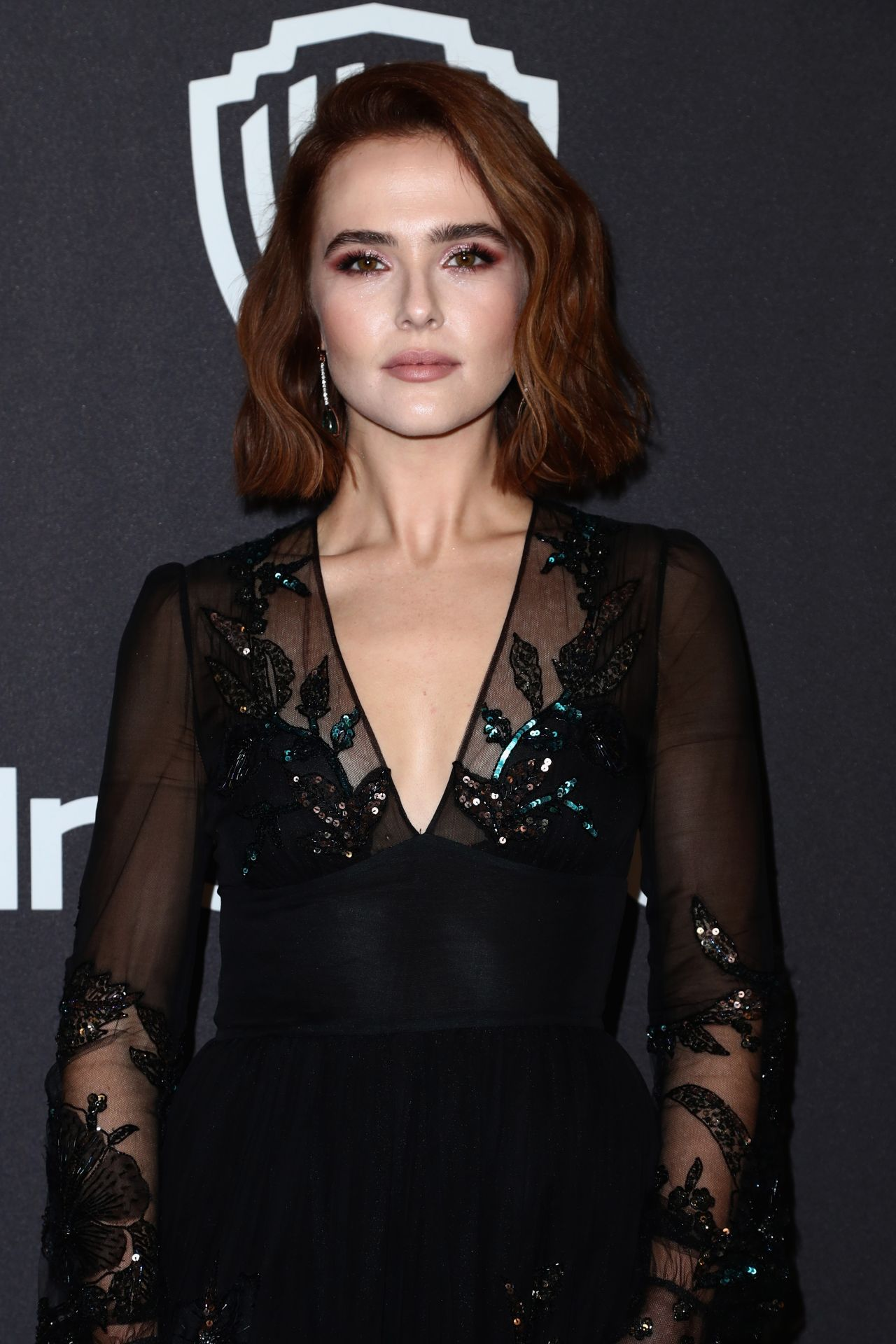 Cleavage 2019 Zoey Deutch naked photo 2017