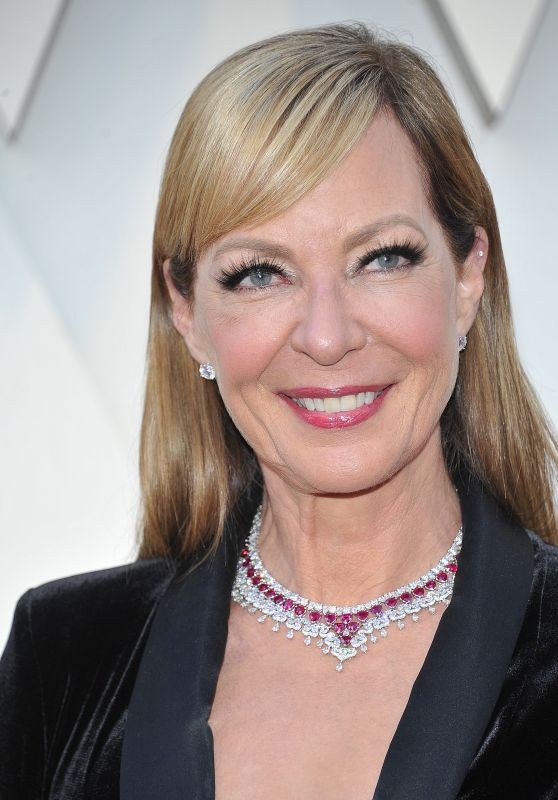 Allison Janney – Oscars 2019 Red Carpet