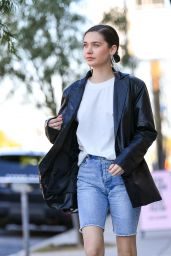 Amanda Steele Street Style 02/09/2019