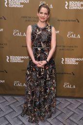 Anna Chlumsky – Roundabout Theatre Company 2019 Gala in NY
