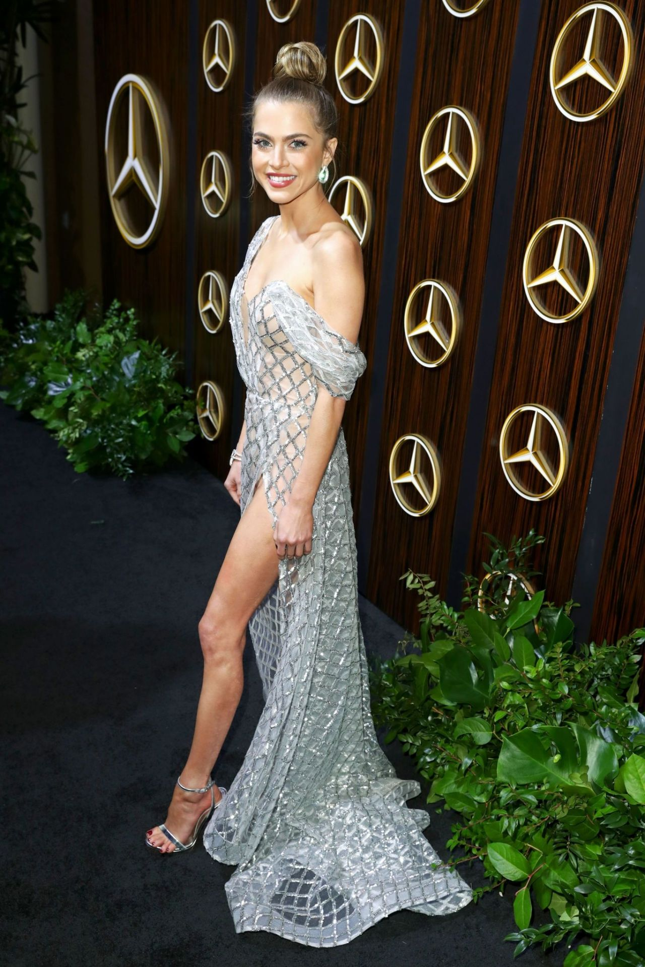 Anne Winters 2019 Mercedes Benz Usa Awards Viewing Party