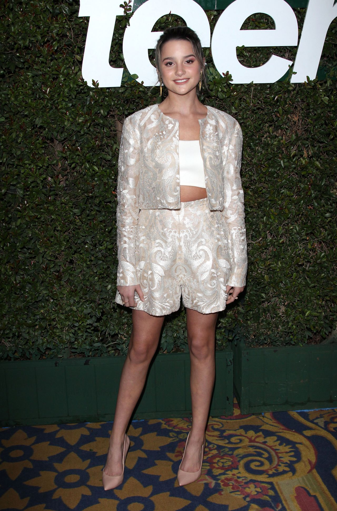 6b41dc75671a50 Annie Leblanc – Teen Vogue s 2019 Young Hollywood Party