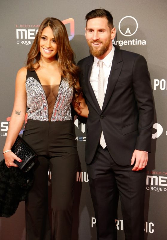 Antonella Roccuzzo and Lionel Messi - Presentation of Cirque du Soleil in Barcelona 01/31/2019
