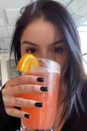 Ariel Winter - Personal Pics and Video 02/20/2019