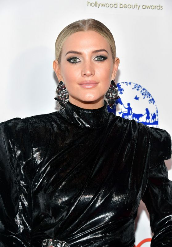 Ashlee Simpson - Hollywood Beauty Awards 2019