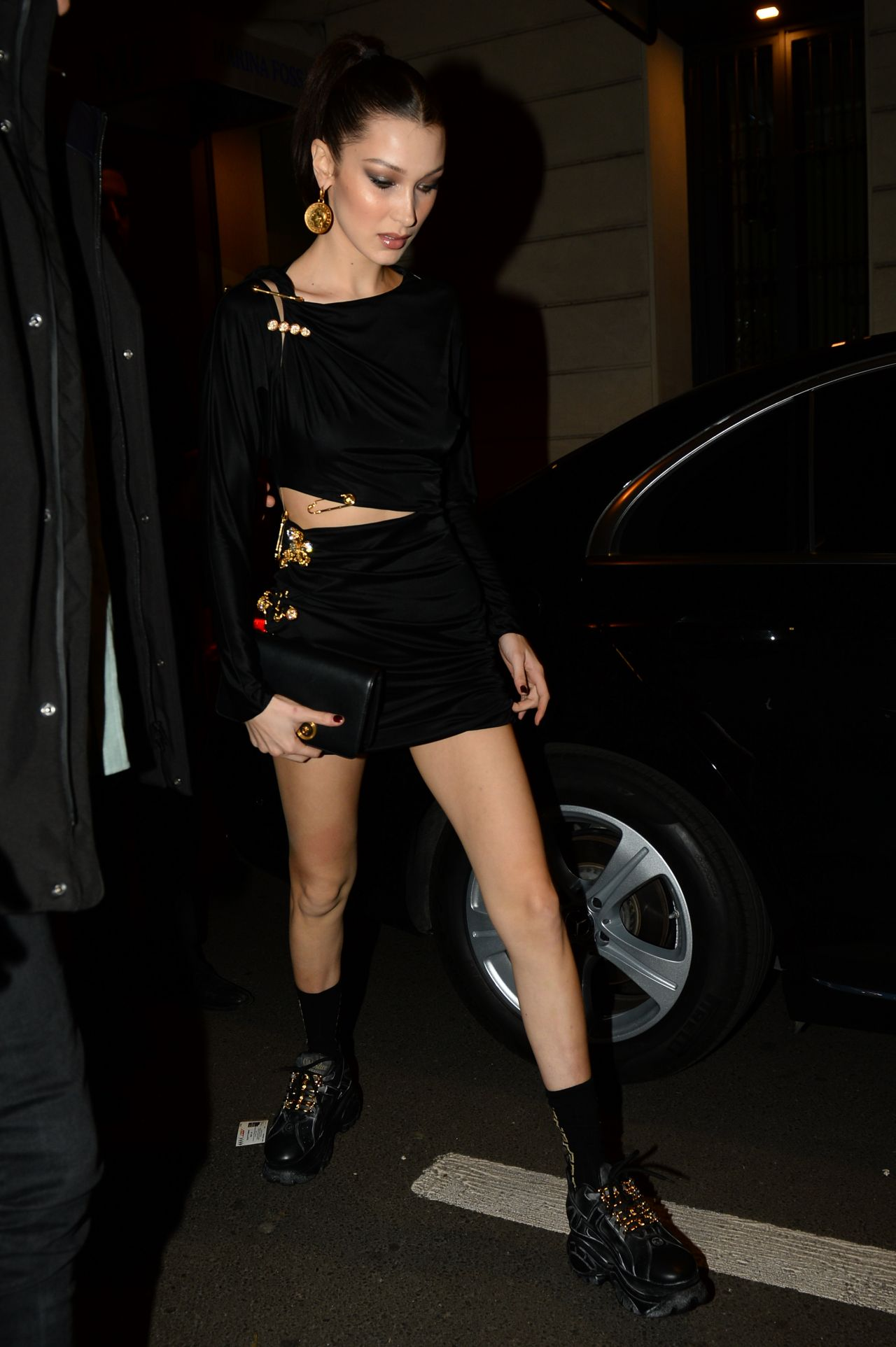 Bella Hadid Night Out Style Milan 02 22 2019