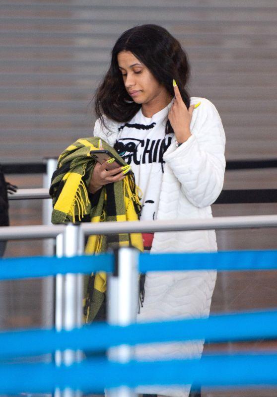 Cardi B - Arriving at JFK Airport in New York City 01/31/2019
