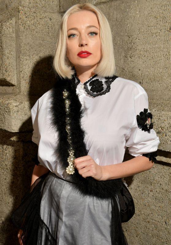 Caroline Vreeland – Moncler Genius Fashion Show in Milan 02/20/2019